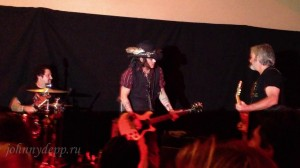Johnny Depp NM Stage Still 2